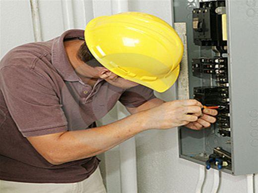 Abertas inscrições para Curso profissionalizante de Eletricista Predial
