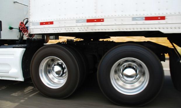 Garanhuns: MPF proíbe que caminhões de empresa circulem com excesso de carga