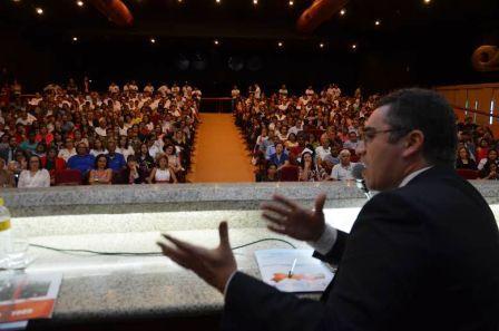 Jornada de Direitos Humanos realiza ações em cidades do Sertão de PE