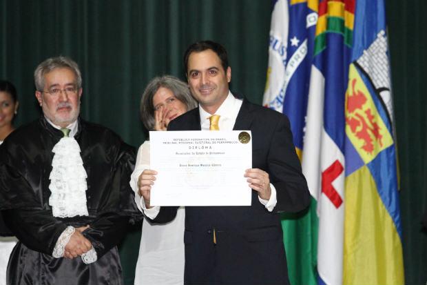 Candidatos eleitos em Pernambuco são diplomados pelo TRE