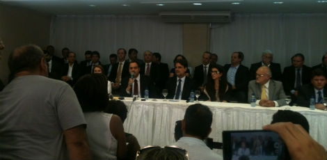 Paulo Câmara anuncia secretariado
