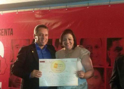 Reconhecimento: prefeita de Arcoverde recebe prêmios Destaque Total e Prefeito Nota 10