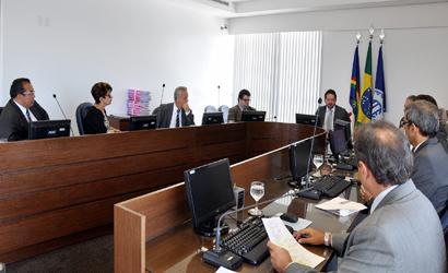 Auditoria especial de 2012 aponta falhas em contrato de transporte escolar da Prefeitura de Buíque