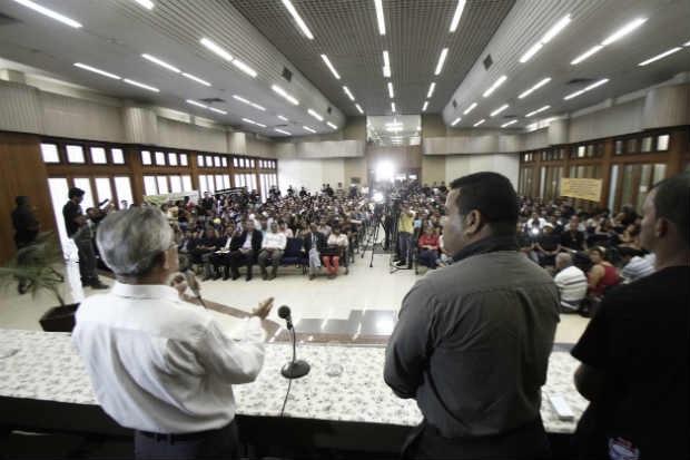 Conselheiros tutelares realizam ato para marcar um mês da chacina em Poção