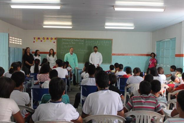 Mais de 18 mil estudantes de Garanhuns são beneficiados com ação de saúde bucal