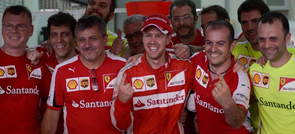 Vettel mostra força da Ferrari e vence na Malásia