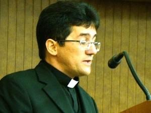 Padre Paulo Jackson é nomeado pelo Vaticano para Diocese de Garanhuns