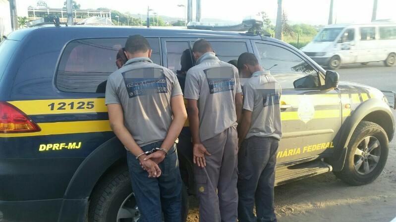 PRF prende trio suspeito de furtar fibra ótica na Serra das Russas